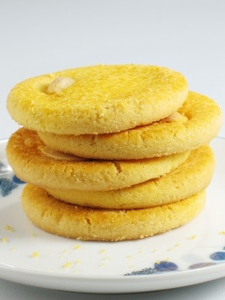 chinese-almond-cookies